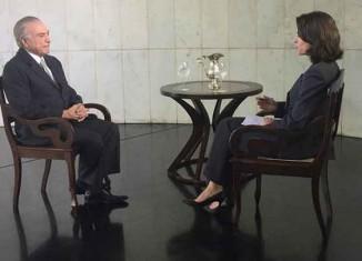 Legenda entrevista Michel para CNN